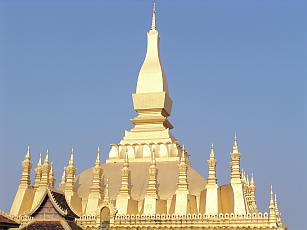 die Pha That Luang Stupa in Vientiane gilt als das Nationalsymbol von Laos